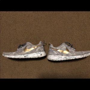 Nike Rosche ID